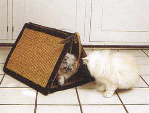 Из какого материала сделать кошке домик
