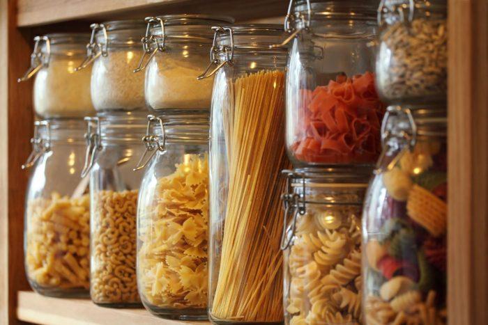 Продукты в стеклянной таре